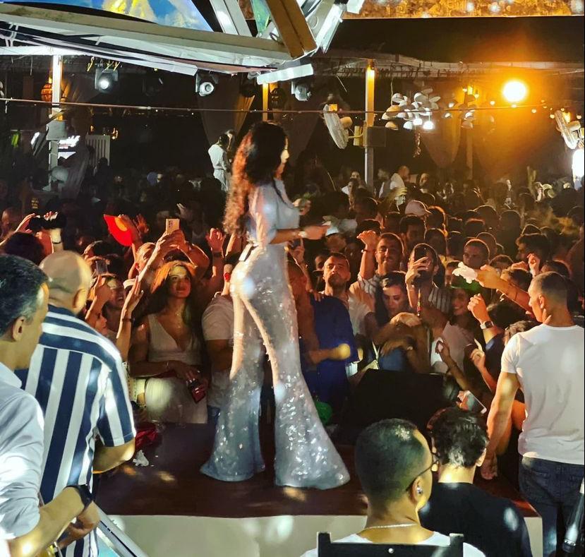 الصور الأولي من حفل هيفاء وهبي بالساحل الشمالي - إتفرج