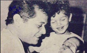 صورة من الزمن الجميل مع كريم عبد العزيز ووالده - إتفرج
