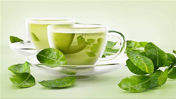 صورة ماذا يحدث للجسم عند تناول كوب من الشاي الأخضر بعد الفطار