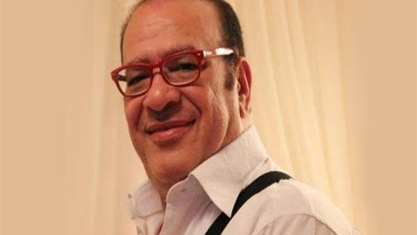 نفسي أطمن عليك وأسمع صوتك.. رسالة مؤثرة من صلاح عبد الله لوائل الإبراشي