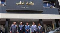صورة رئيس جامعة الأزهر يتابع استعدادت كلية الطب للحصول على شهادة تجديد الاعتماد