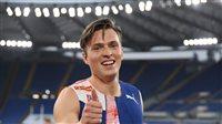 صورة النرويجي كارستن وارهولم يتوج بذهبية سباق 400 متر حواجز في أولمبياد طوكيو
