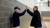 صورة أخويا وصديقي.. بايدن يهنئ أوباما بمناسبة عيد ميلاده